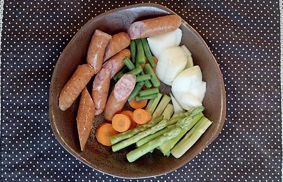 アスパラガスと野菜のポトフ調理前